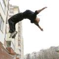 Як можна навчитися стрибати сальто?