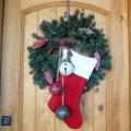 Як прикрасити вхідні двері до нового року?