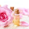 Як з троянд зробити духи своїми руками?