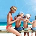 Догляд за дитячою шкірою на пляжі