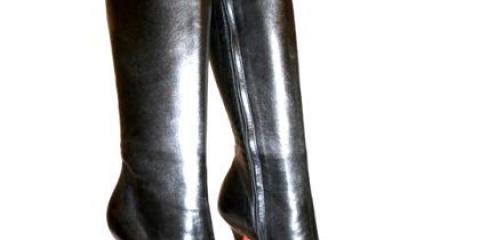 Як розтягнути зимові шкіряні чоботи?