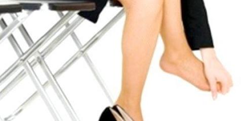 Як розносити взуття зі штучної шкіри-як розносити чоботи?